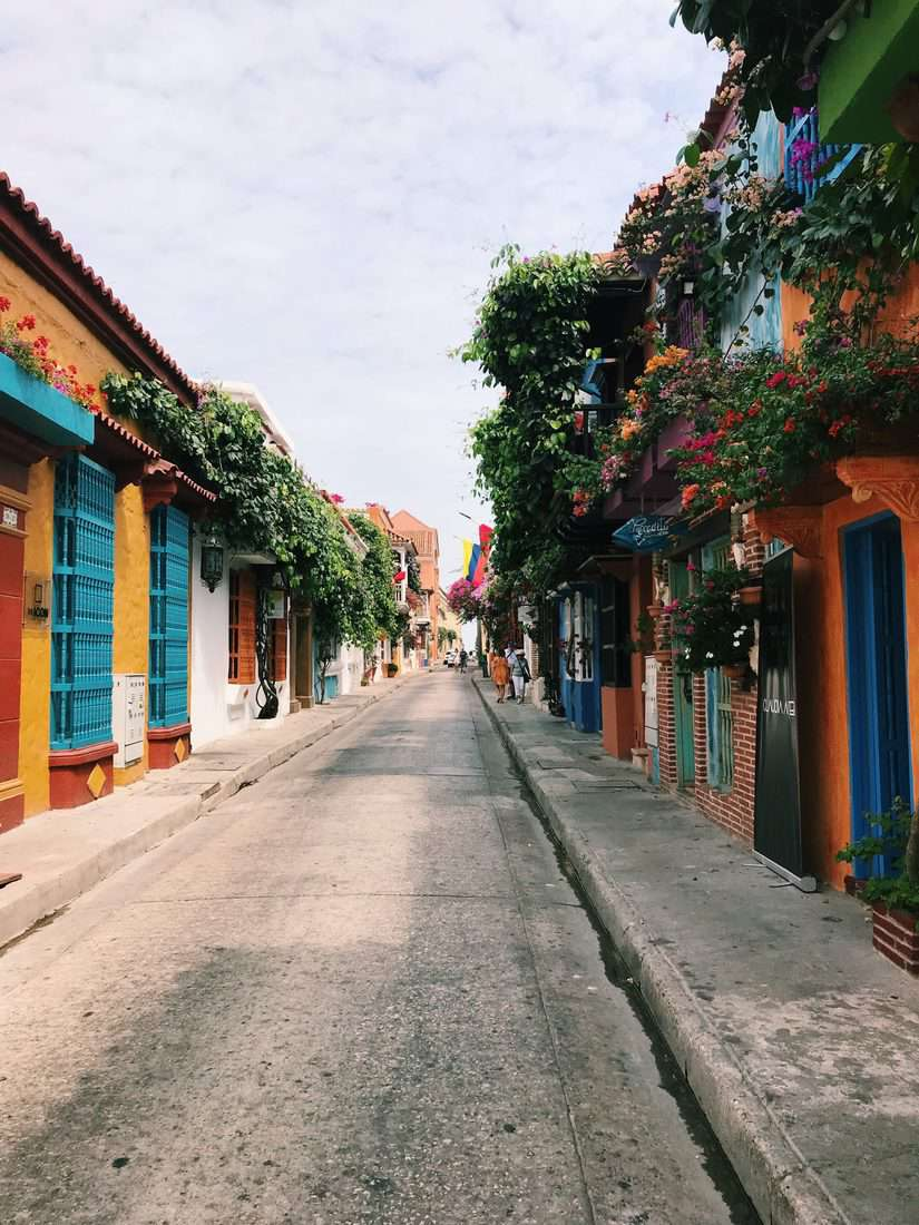 Colombia travel tips, how to plan a trip to Colombia, Why visit Colombia, why you should visit Colombia, the best time to visit Colombia, essential Colombia travel tips, what to eat in Colombia, how much is a trip to Colombia, Colombia on a budget, best things to do in Colombia