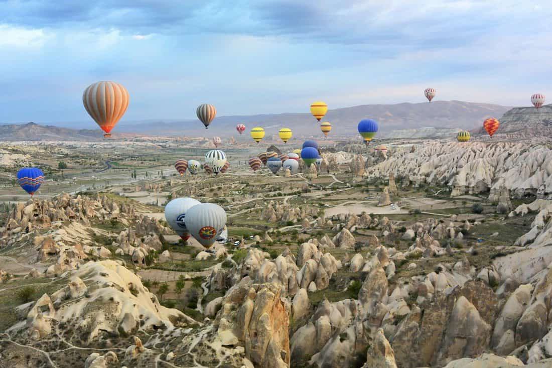 Turkey travel guide. Must do Turkey, Turkey travel tips, how to plan a trip to Turkey, Why visit Turkey, why you should visit Turkey, the best time to visit Turkey, essential Turkey travel tips, what to eat in Turkey, how much is a trip to Turkey, Turkey on a budget, best things to do in Turkey